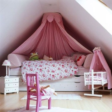 Affordable Attic Kids Room Decor Ideas25