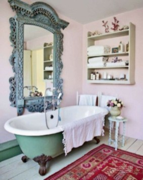 Cute Bohemian Style Decorating Ideas For Bathroom26