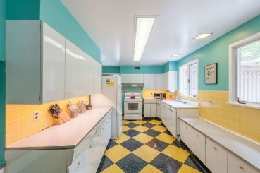 Relaxing Midcentury Decorating Ideas For Kitchen34