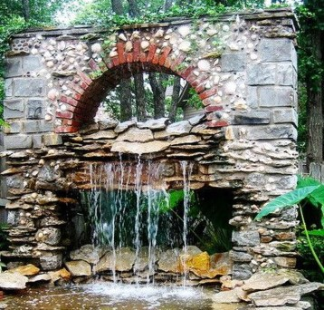 Stylish Outdoor Water Walls Ideas For Backyard11