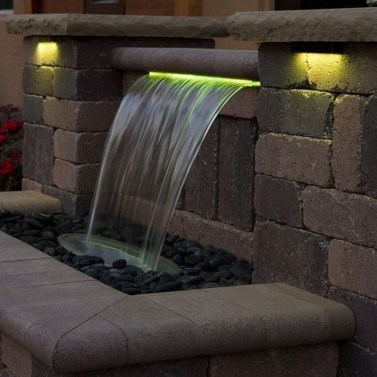 Stylish Outdoor Water Walls Ideas For Backyard18