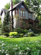 Beautiful Front Yard Cottage Ideas For Garden Landscaping42