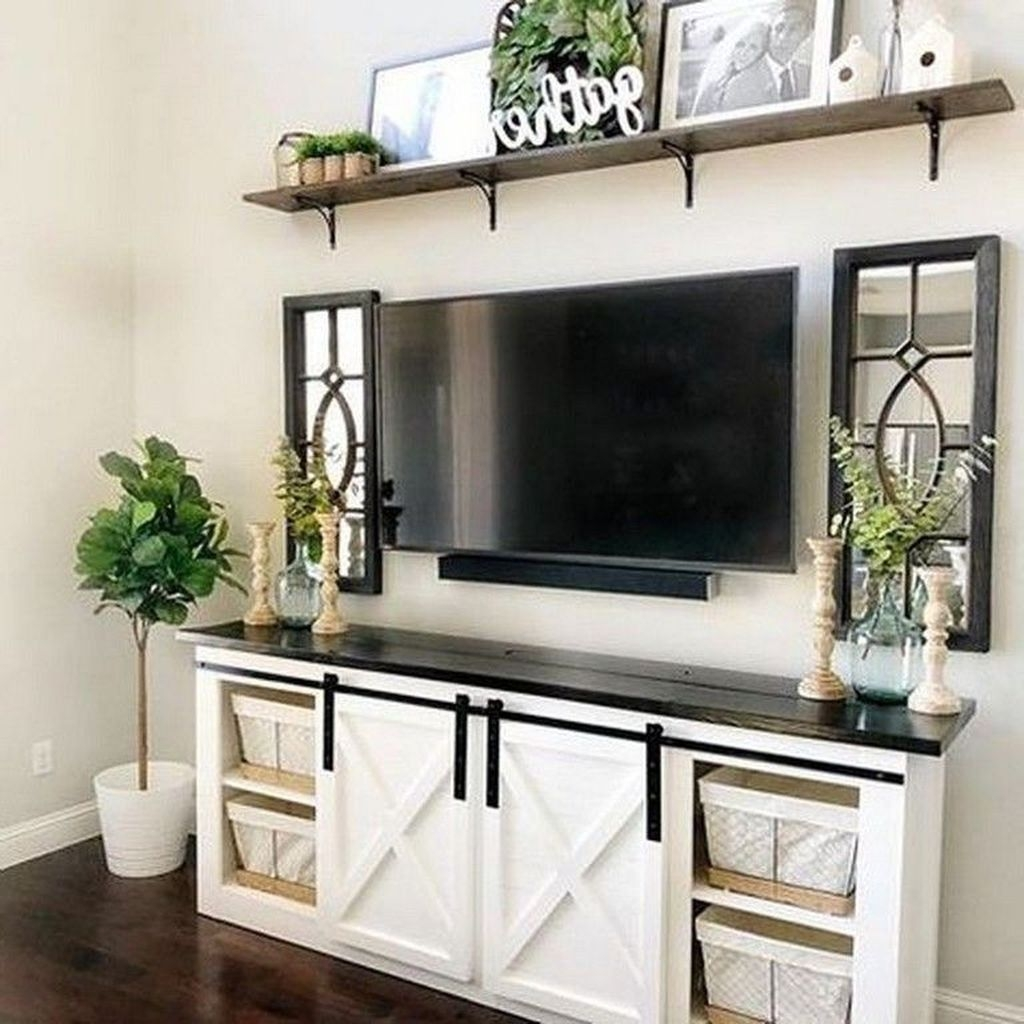 Perfect Apartment Living Room Decor Ideas On A Budget25