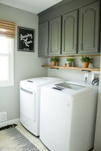 Popular Farmhouse Laundry Room Design Ideas18
