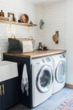 Popular Farmhouse Laundry Room Design Ideas20
