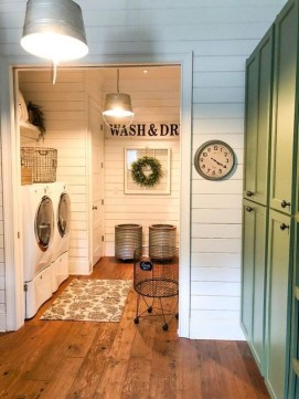 Popular Farmhouse Laundry Room Design Ideas22