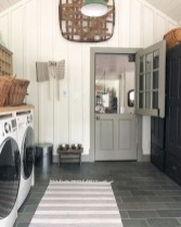 Popular Farmhouse Laundry Room Design Ideas23