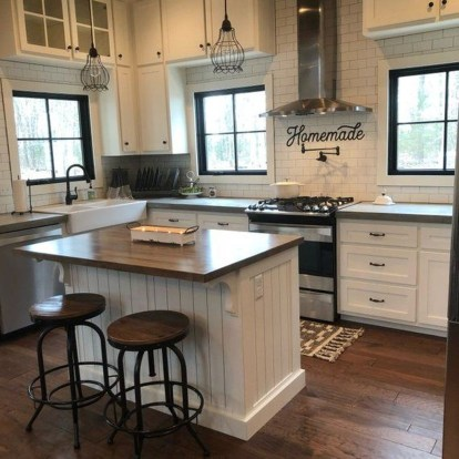 Pretty Farmhouse Kitchen Design Ideas To Get Traditional Accent08