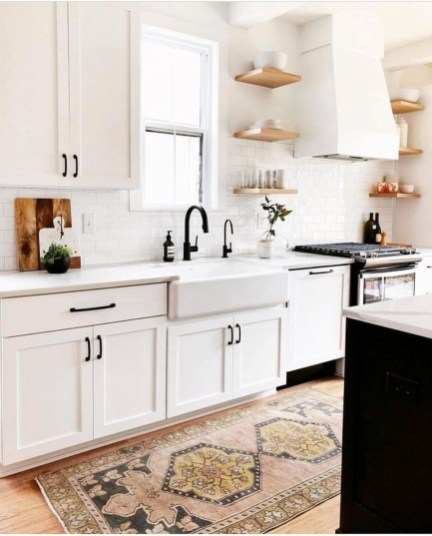 Pretty Farmhouse Kitchen Design Ideas To Get Traditional Accent17