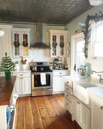 Pretty Farmhouse Kitchen Design Ideas To Get Traditional Accent21