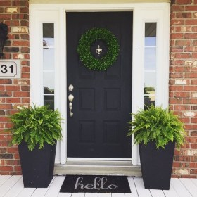Adorable Porch Planter Ideas That Will Give A Unique Look03