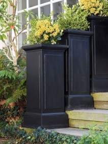 Adorable Porch Planter Ideas That Will Give A Unique Look16