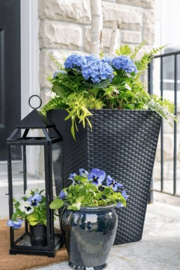 Adorable Porch Planter Ideas That Will Give A Unique Look21