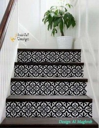 Beautiful Color Ideas For Your Stairs Decoration13