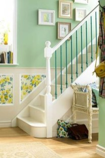 Beautiful Color Ideas For Your Stairs Decoration42