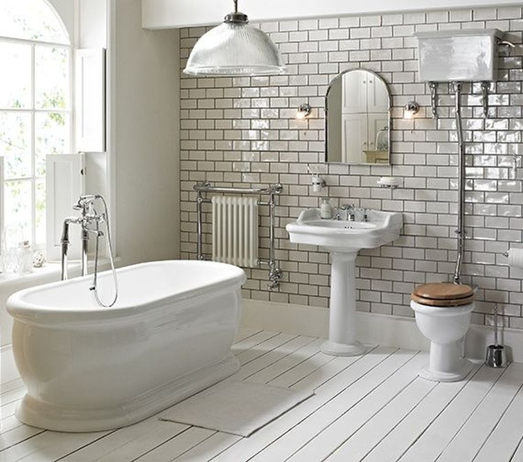 Charming Traditional Bathroom Decoration Ideas Just Like This07