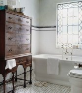 Charming Traditional Bathroom Decoration Ideas Just Like This13