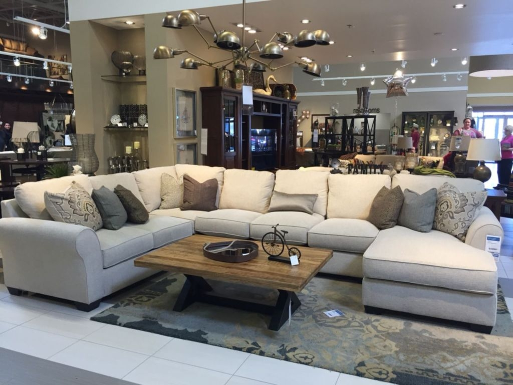 Comfortable Sutton U Shaped Sectional Ideas For Living Room32