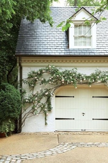 Cute Home Garage Design Ideas For Your Minimalist Home01