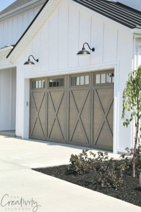 Cute Home Garage Design Ideas For Your Minimalist Home26