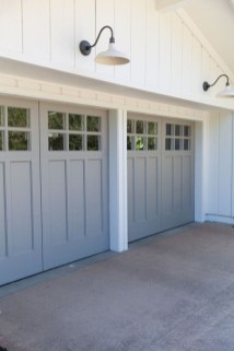 Cute Home Garage Design Ideas For Your Minimalist Home37