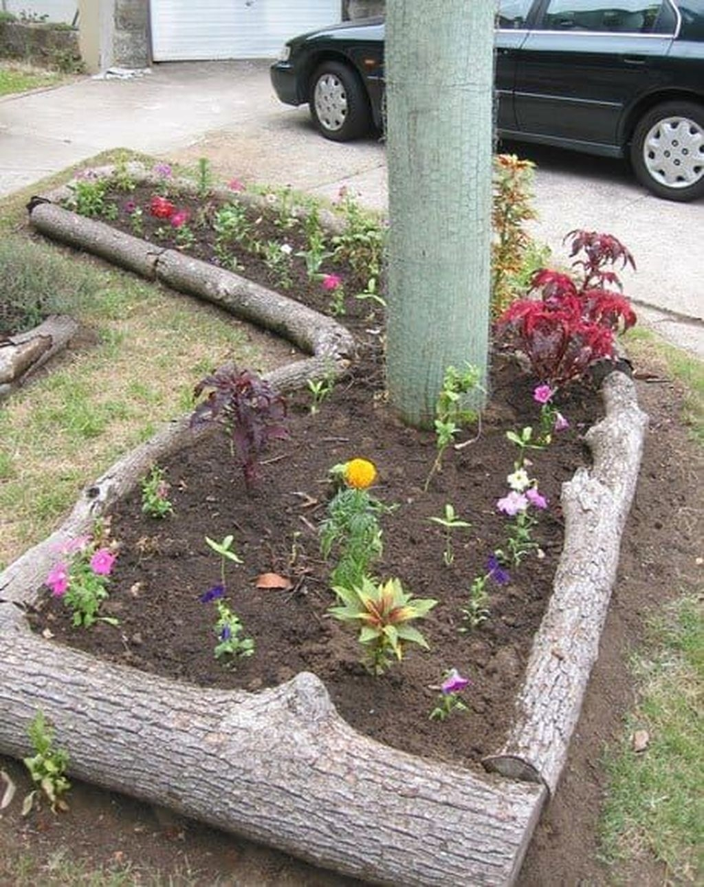 Fancy Diy Flower Beds Ideas For Your Garden14