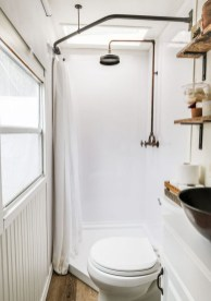 Fascinating Rv Remodel Ideas For Bathroom On A Budget11