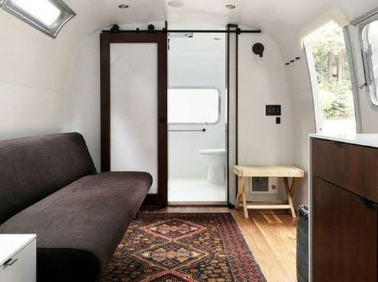 Fascinating Rv Remodel Ideas For Bathroom On A Budget25