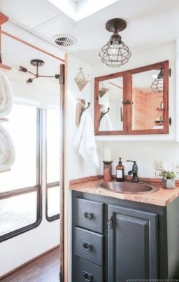 Fascinating Rv Remodel Ideas For Bathroom On A Budget41