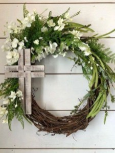 Pretty Front Door Wreath Ideas03