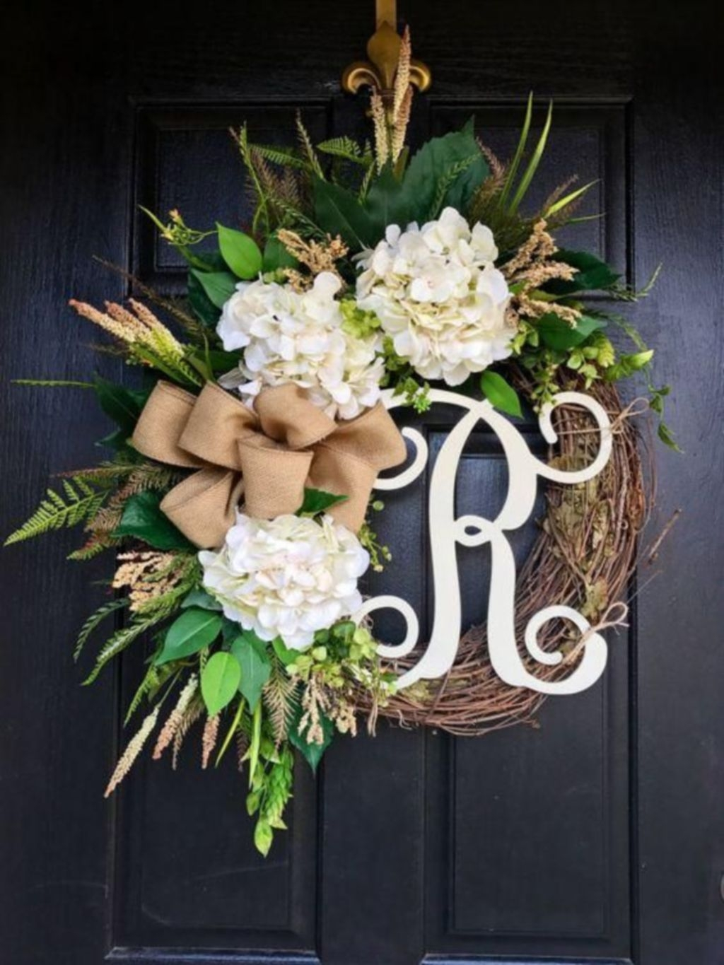 Pretty Front Door Wreath Ideas28