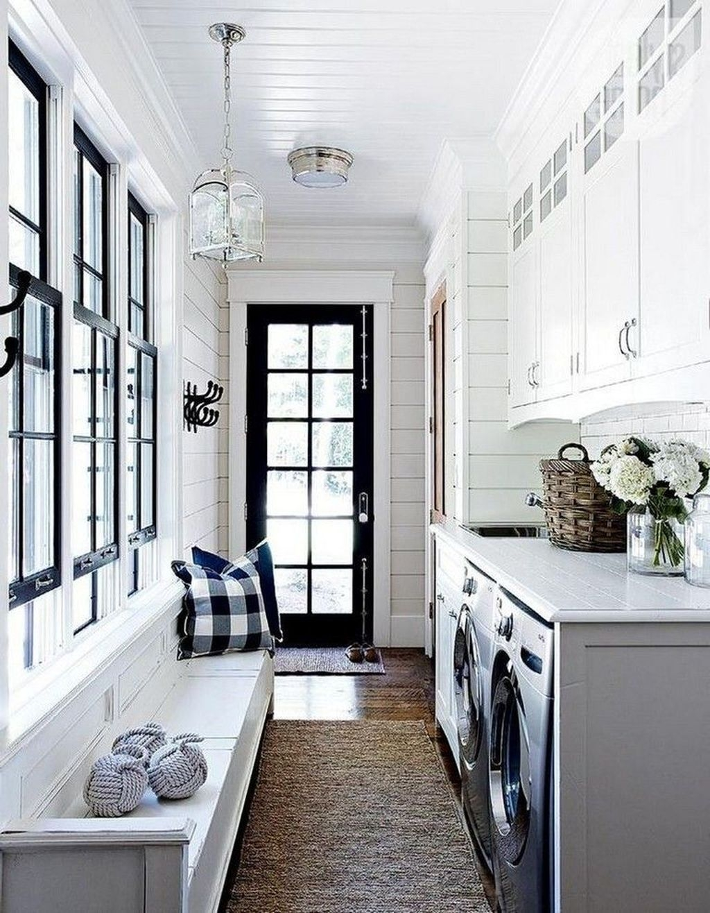 Relaxing Laundry Room Layout Ideas08