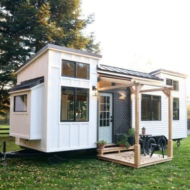Rustic Tiny House Design Ideas With Two Beds04