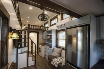 Rustic Tiny House Design Ideas With Two Beds14