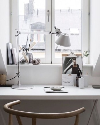 Splendid Monochrome Home Office Decor Ideas To Apply Asap33
