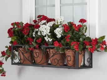 Wonderful Flower In Pots Ideas For Your Window40