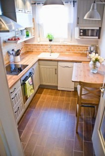 Best Kitchen Decorating Ideas That You Can Easily Try In Your Home32