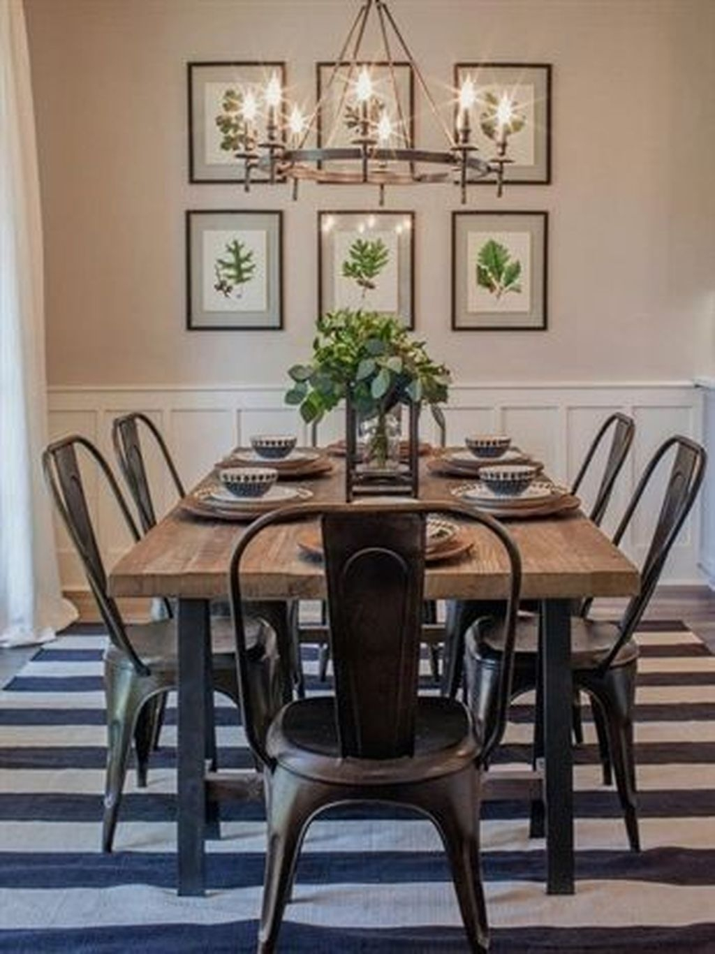 Best Minimalist Dining Room Design Ideas For Dinner With Your Family28