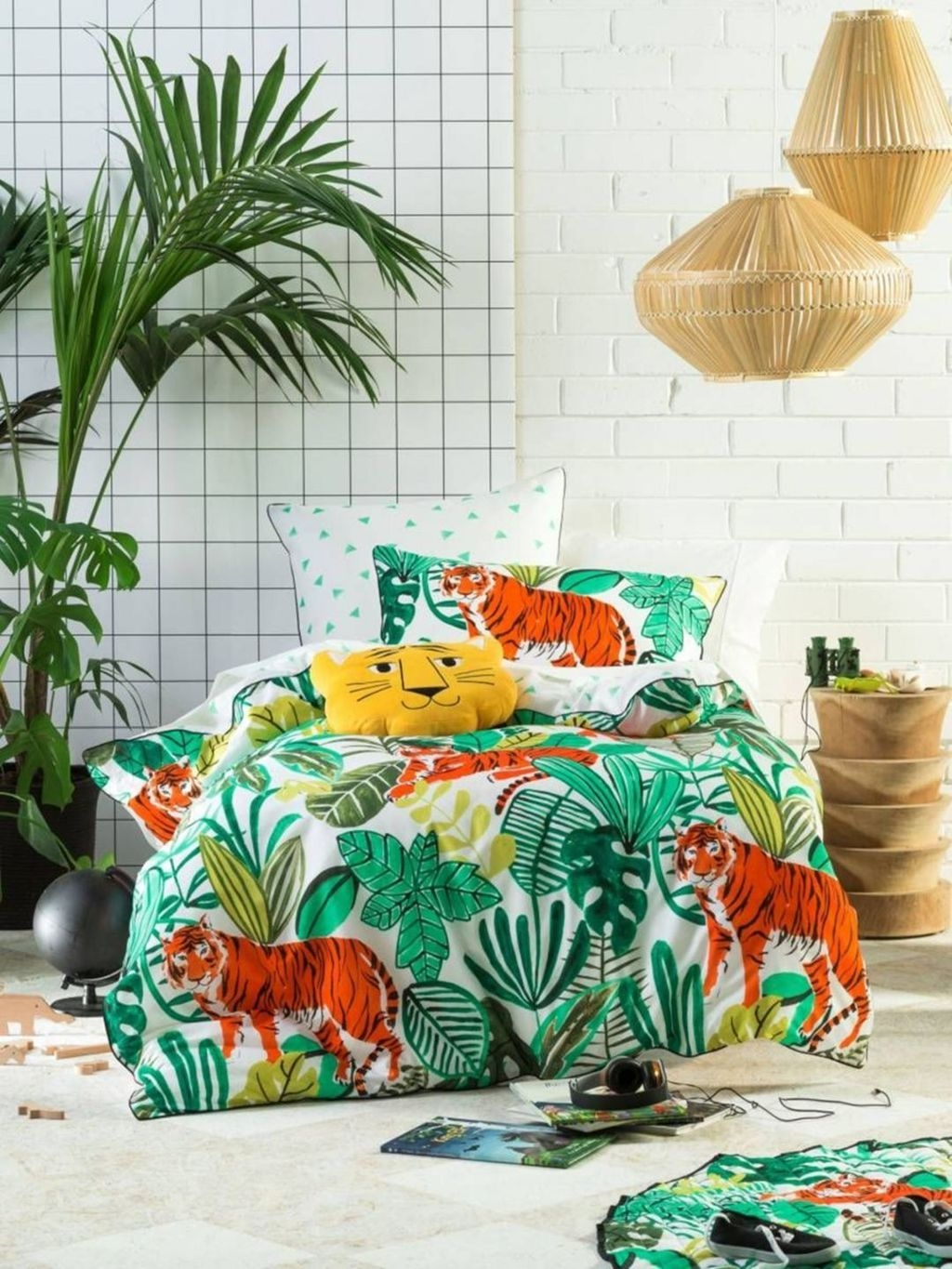 Charming Kids Bedroom Ideas With Jungle Theme To Try23