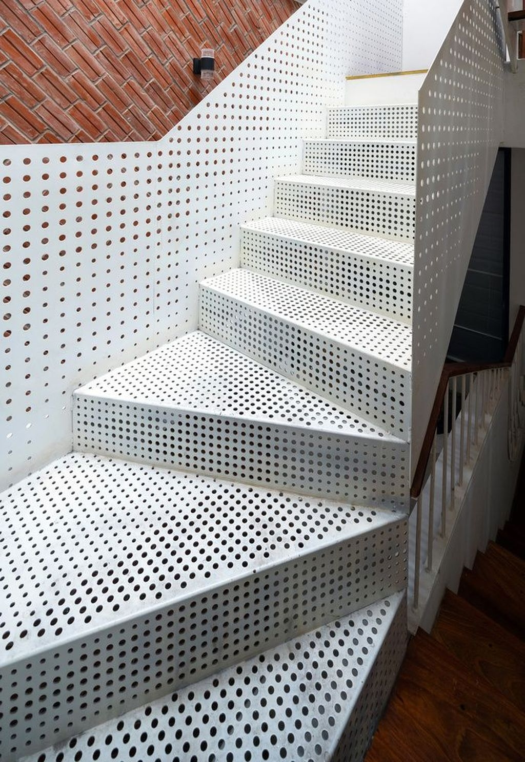 Cool Indoor Stair Design Ideas You Must See32