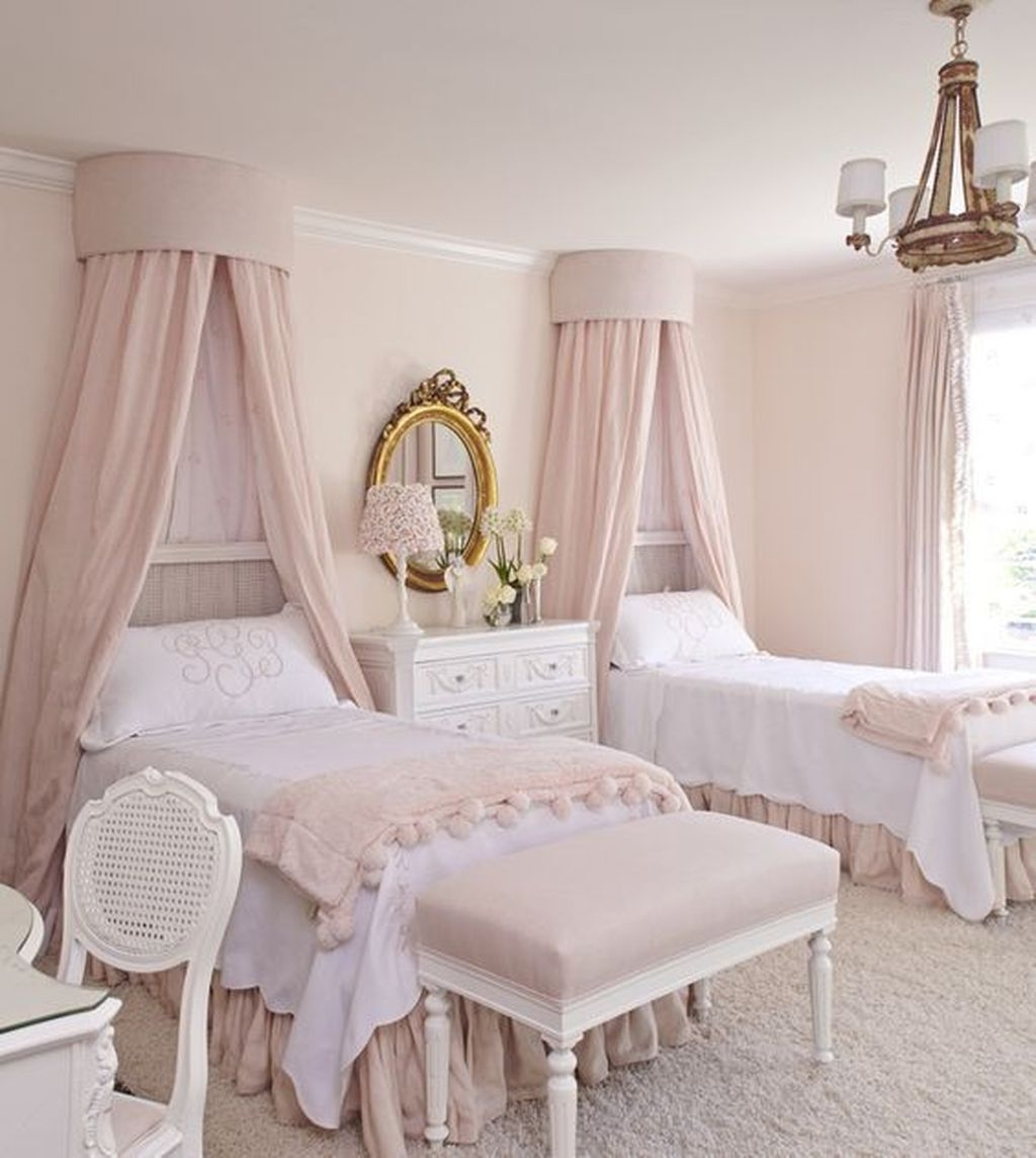 Pretty Princess Bedroom Design And Decor Ideas For Your Lovely Girl39