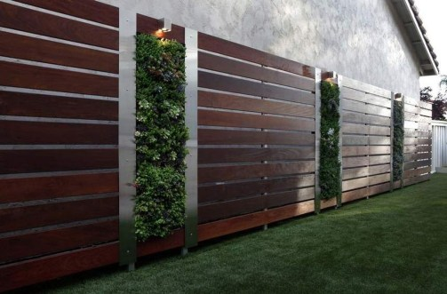 Smart Backyard Fence And Garden Design Ideas For Your Garden07