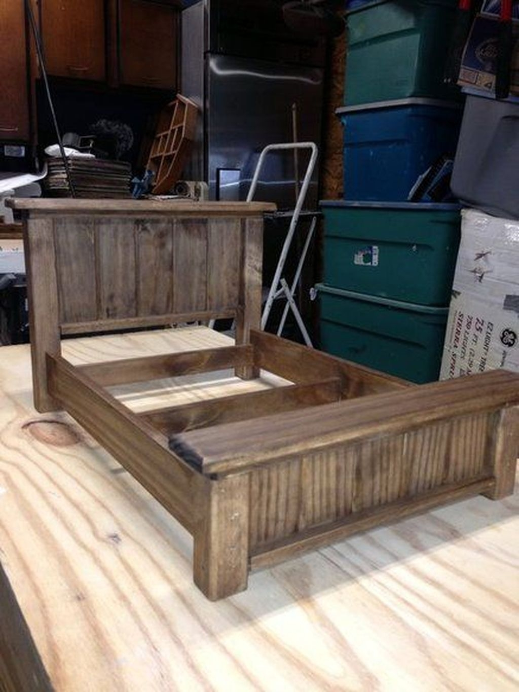 Unordinary Recycled Pallet Bed Frame Ideas To Make It Yourself16
