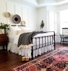 Awesome Bedroom Rug Ideas To Try Asap02