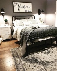 Awesome Bedroom Rug Ideas To Try Asap04