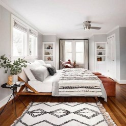 Awesome Bedroom Rug Ideas To Try Asap14