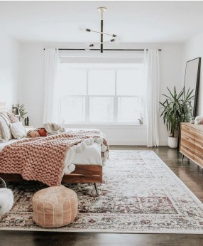 Awesome Bedroom Rug Ideas To Try Asap20