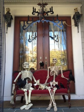 Awesome Scary Halloween Porch Ideas To Try Today17