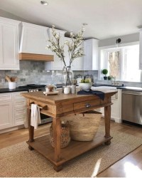Beautiful Farmhouse Kitchen Décor And Remodel Ideas For You20