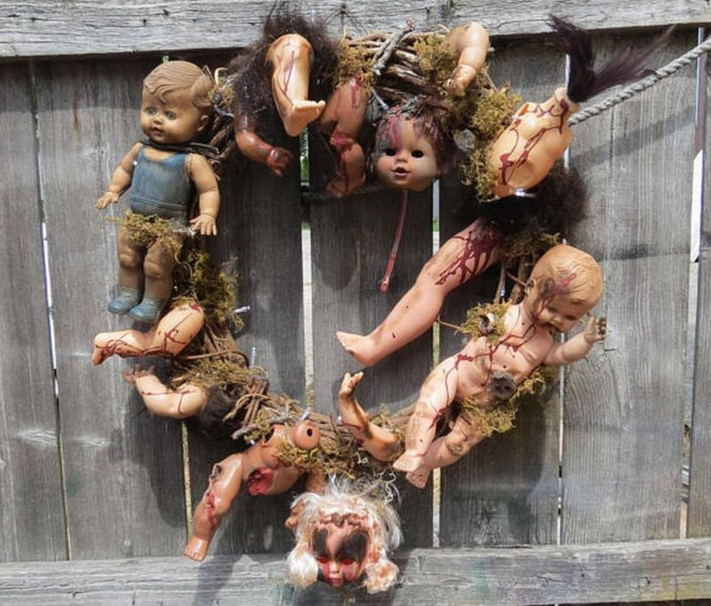Casual Halloween Decorations Ideas That Are So Scary10